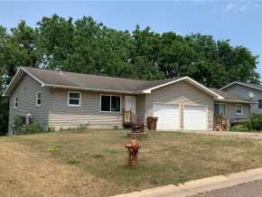 Mondovi Multifamily Real Estate
